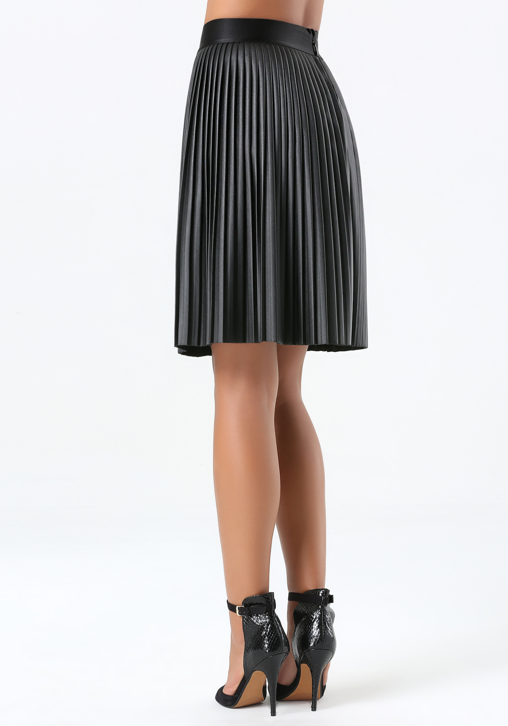 bebe pleated faux leather skirt in black lyst