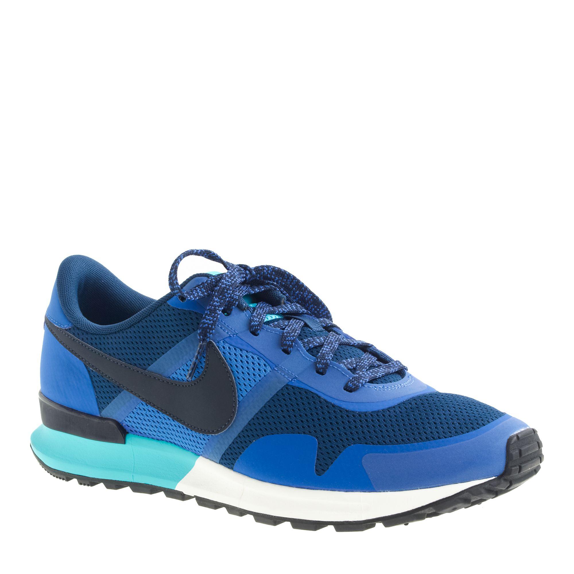 Vintage Running Shoe 69