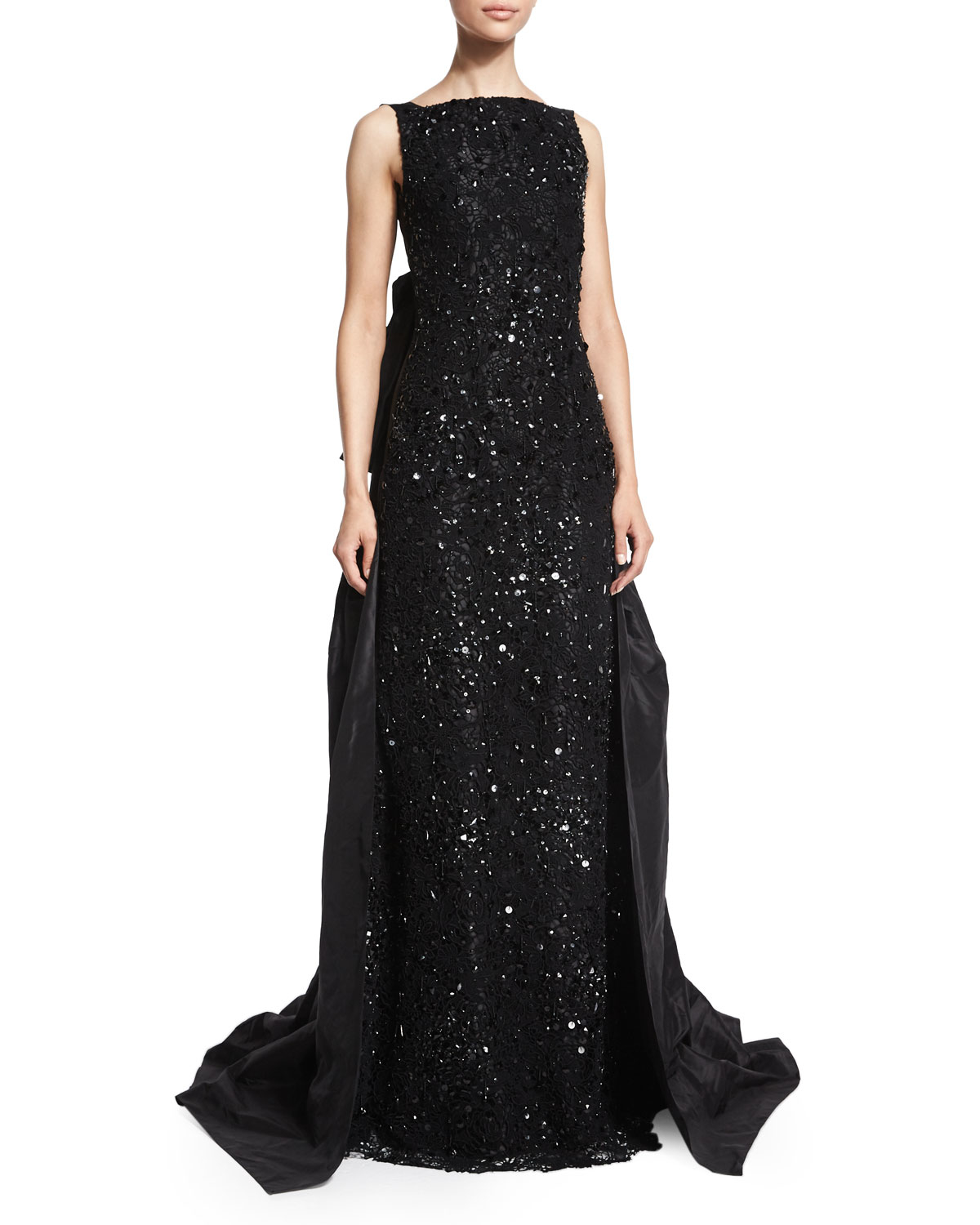 lyst oscar de la renta embellished gown dress in black. Black Bedroom Furniture Sets. Home Design Ideas