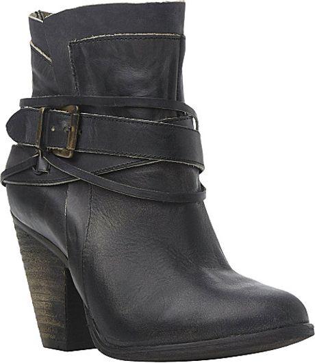 steve madden nadal buckle ankle boots in black black