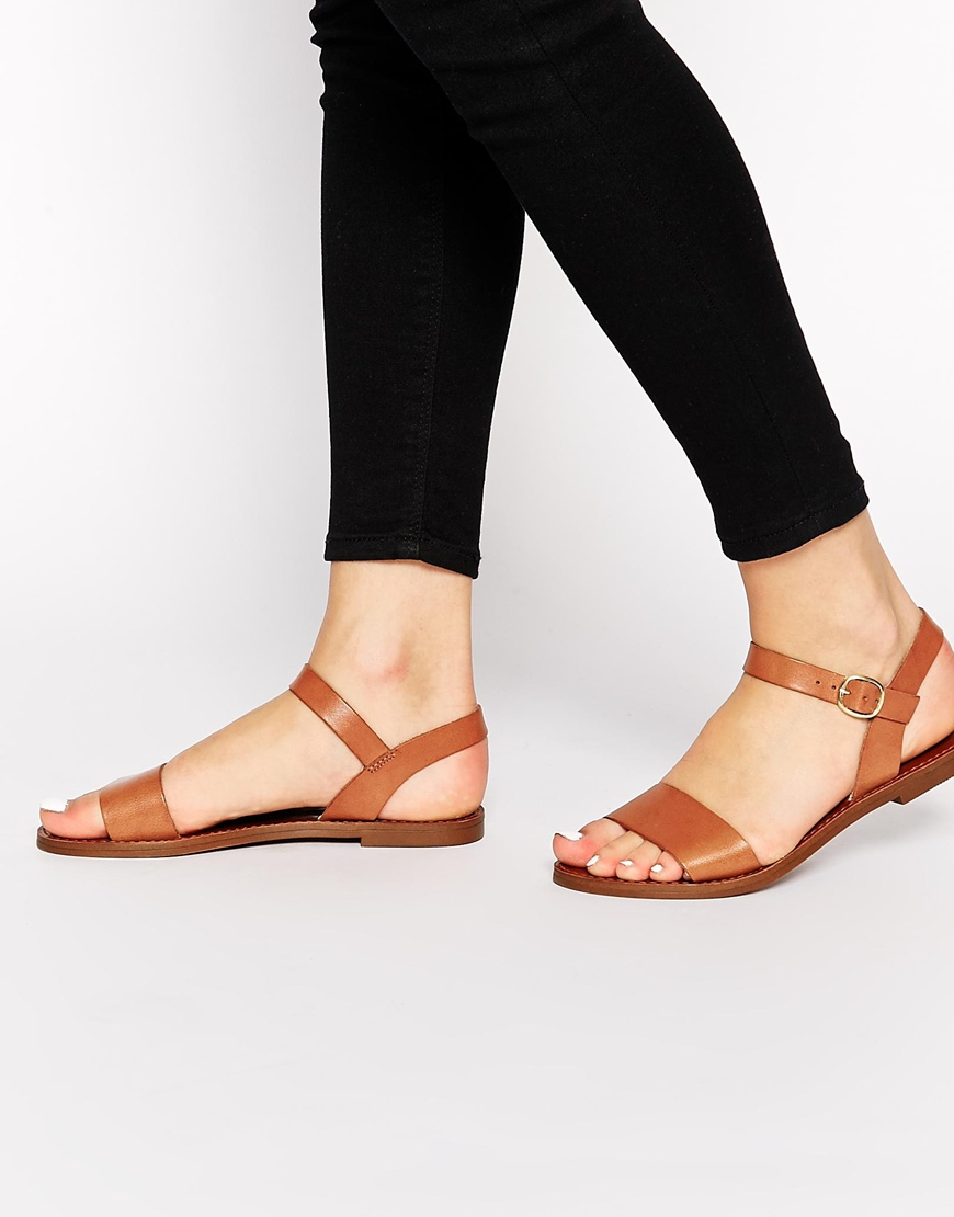 Lyst Windsor Smith Bondi Tan Leather Flat Sandals In Brown