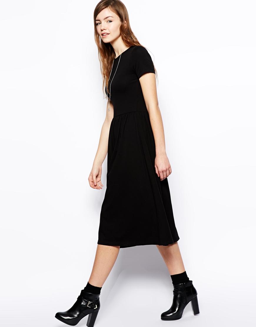 Black Midi Dress with Short Sleeves