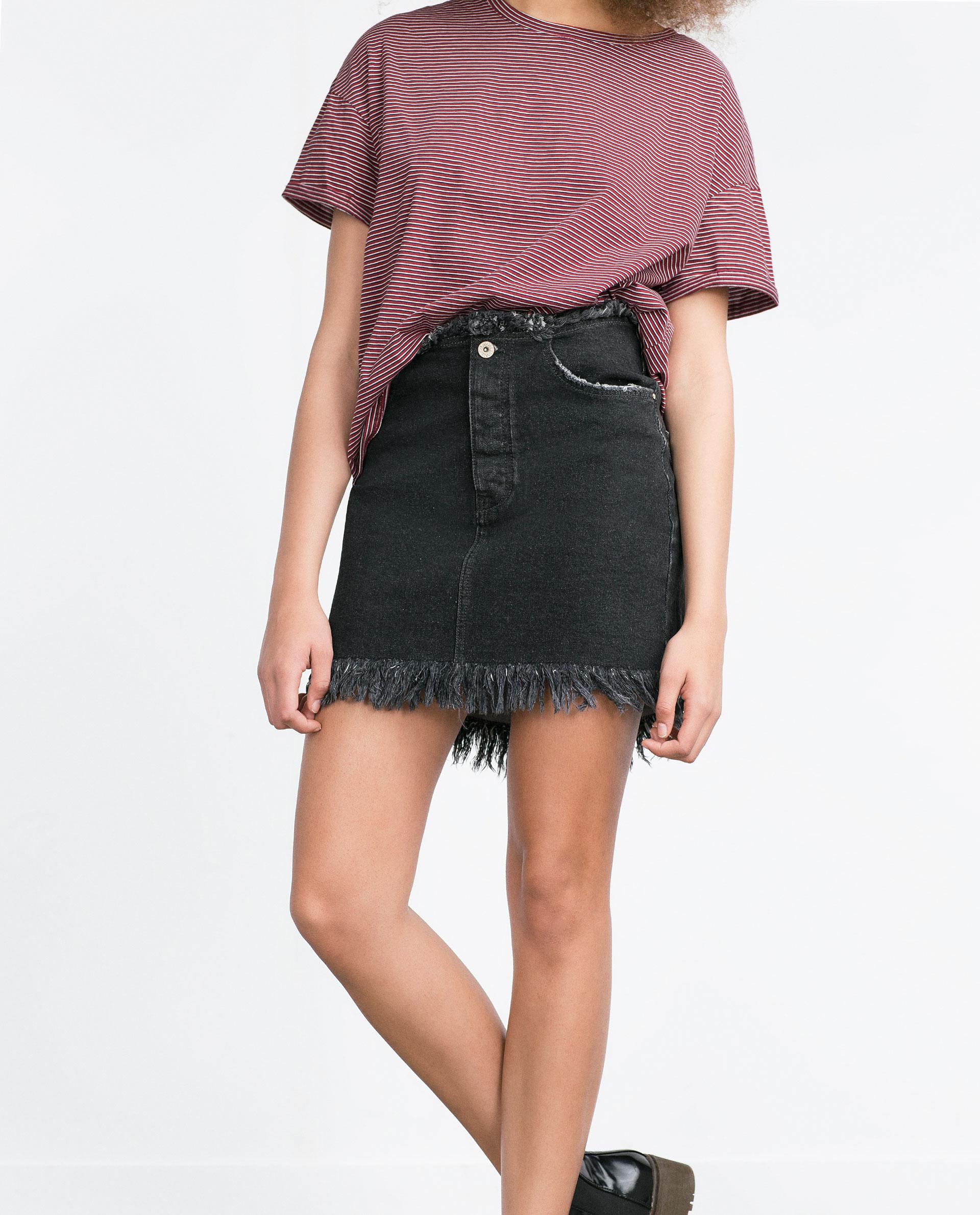 Zara Frayed Denim Skirt in Black | Lyst