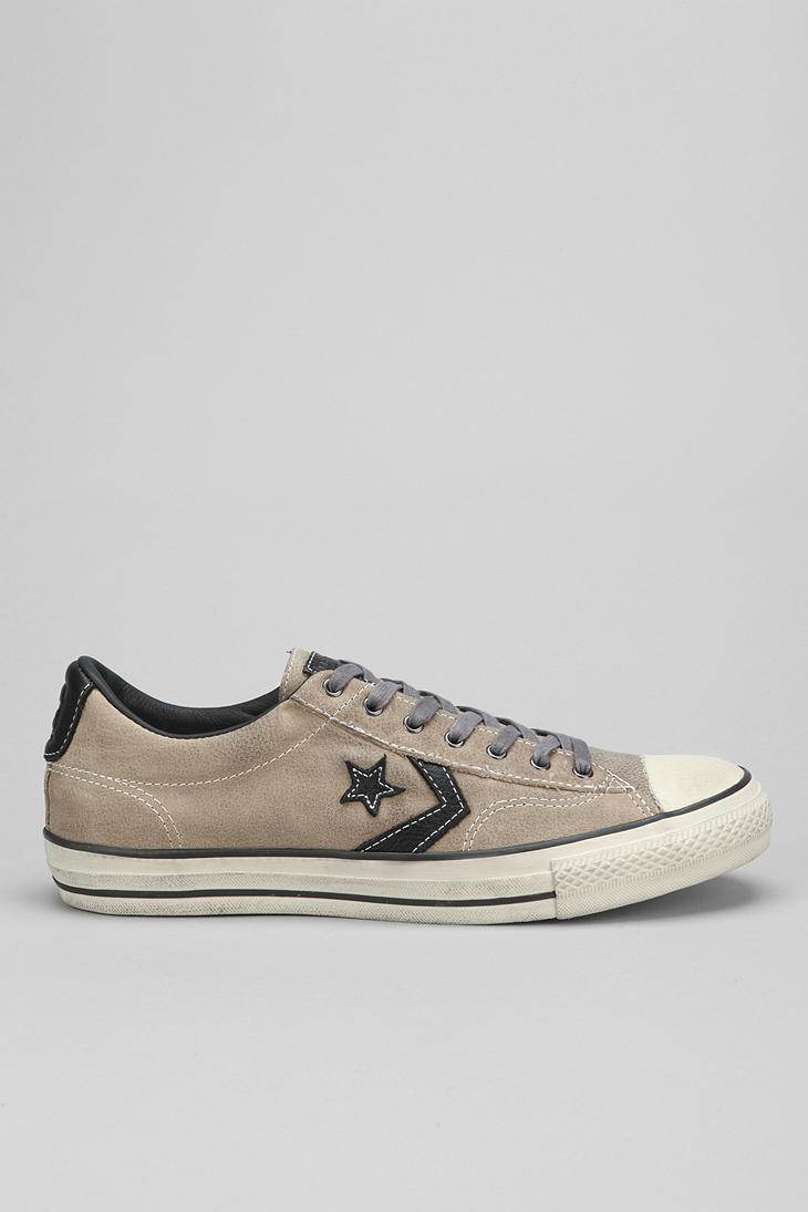 542cf1be456e92 Gallery. Previously sold at  Urban Outfitters · Men s John Varvatos Converse  ...
