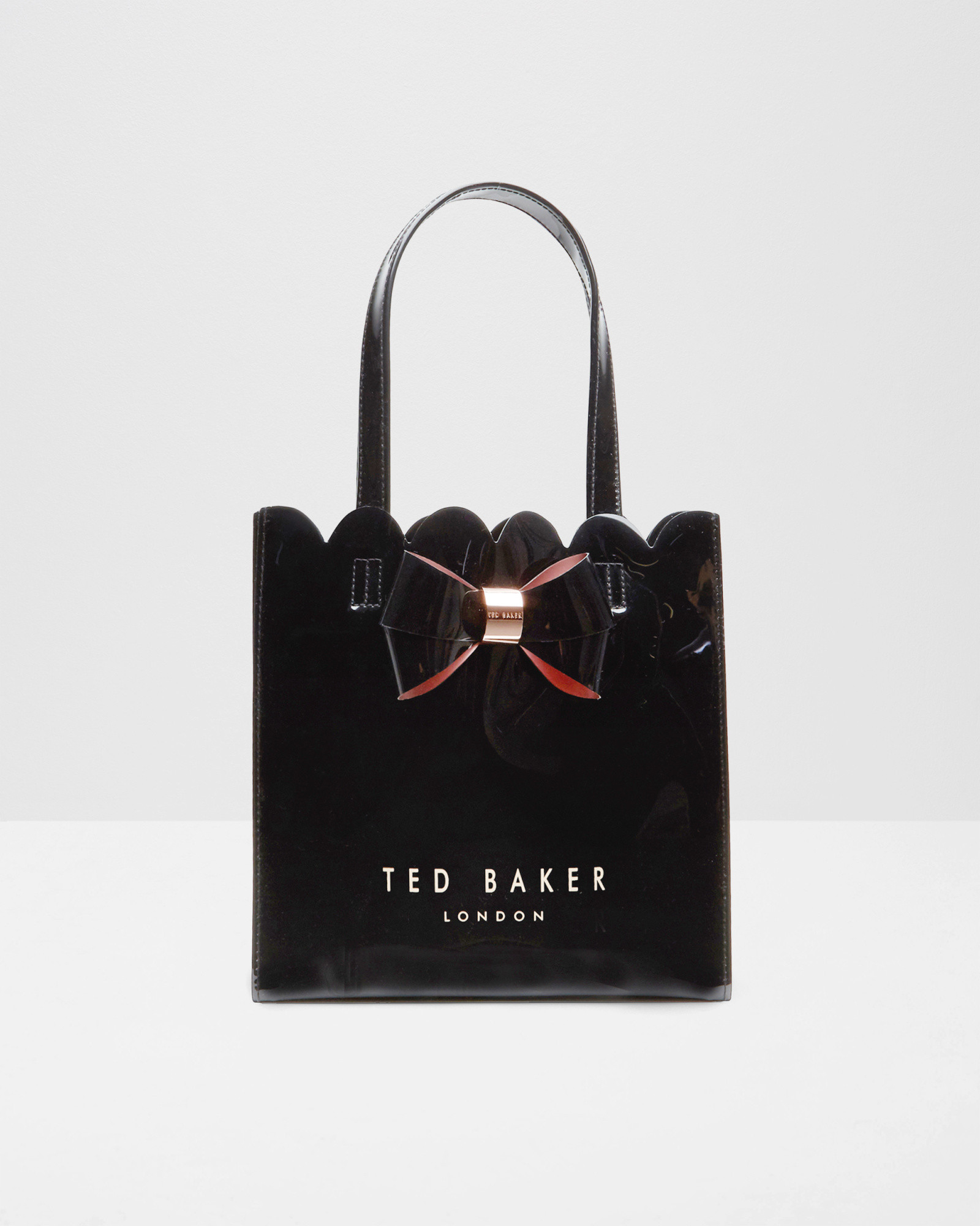 b4331ace2df9f Ted Baker Small Bow Scalloped Shopper Bag in Black - Lyst