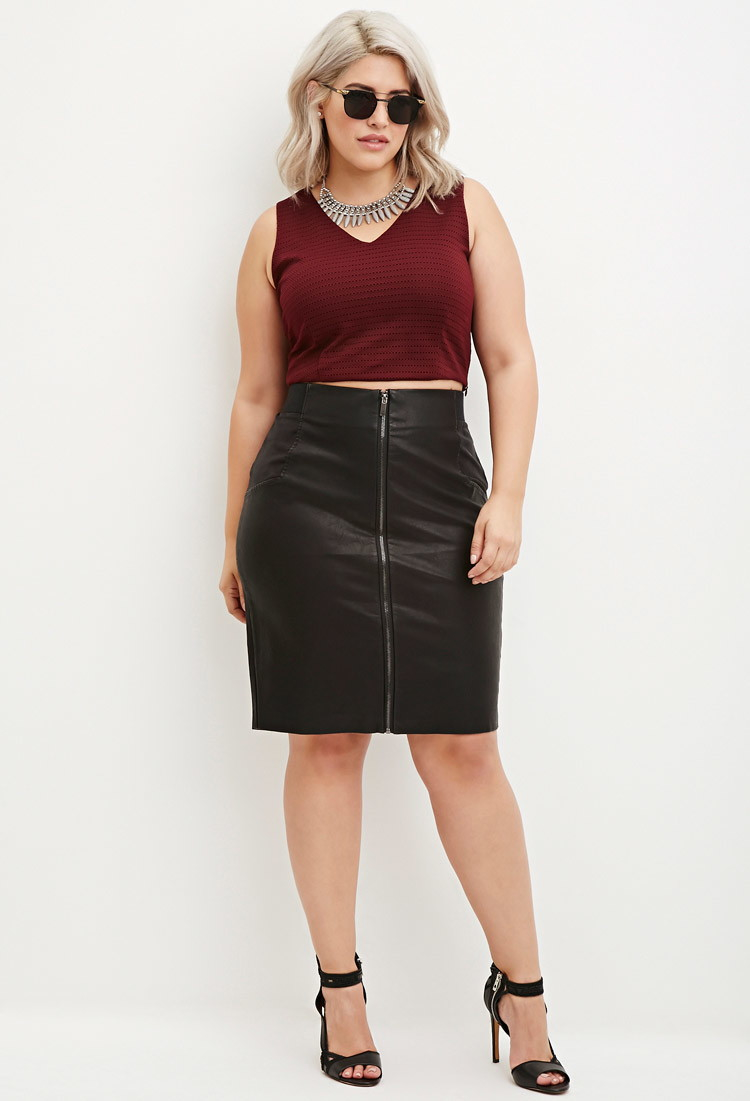 Forever 21 Plus Size Faux Leather Pencil Skirt in Black