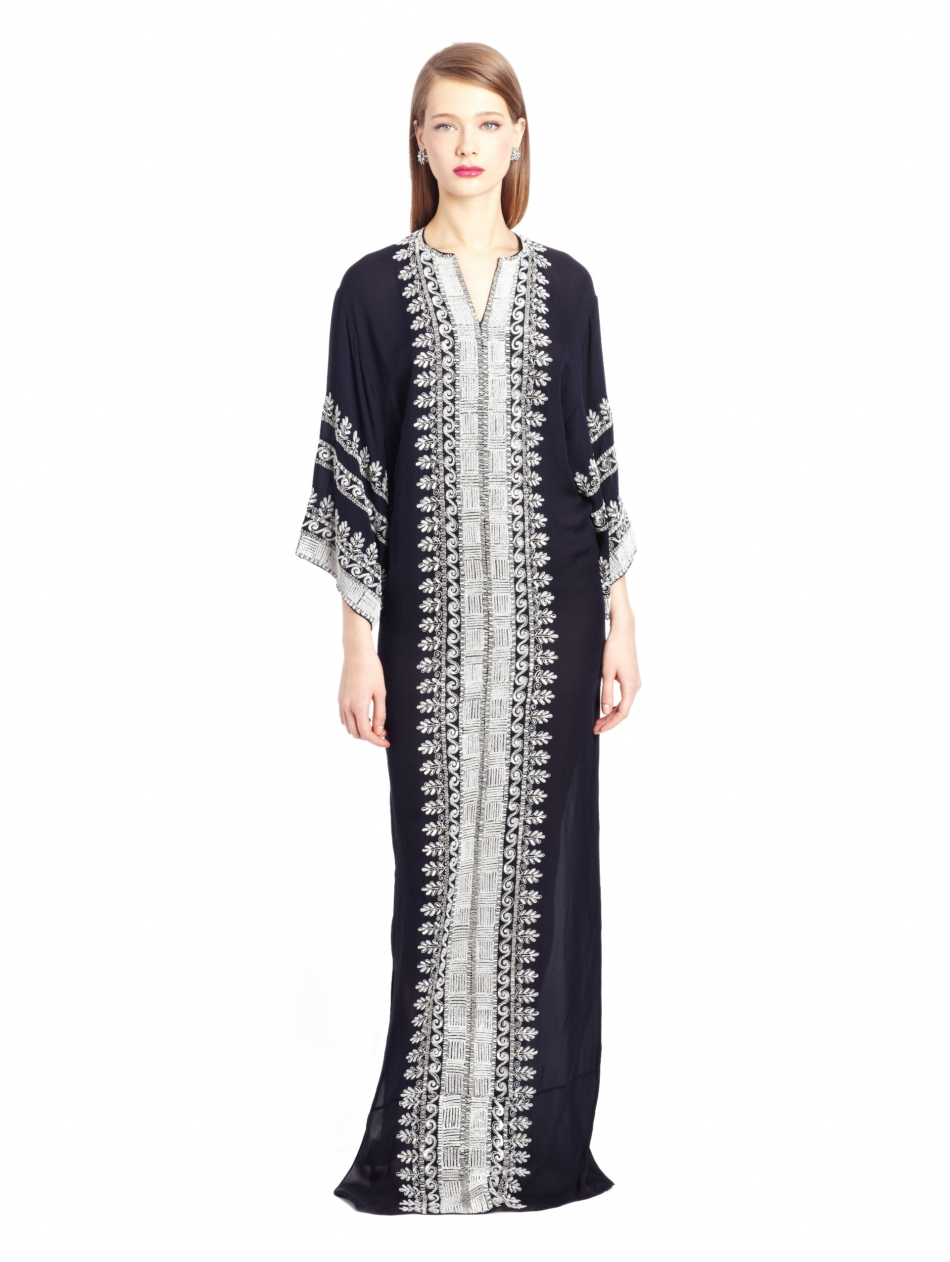 Oscar de la renta leaf embroidered silk caftan in gray lyst for Caftan avec satin de chaise