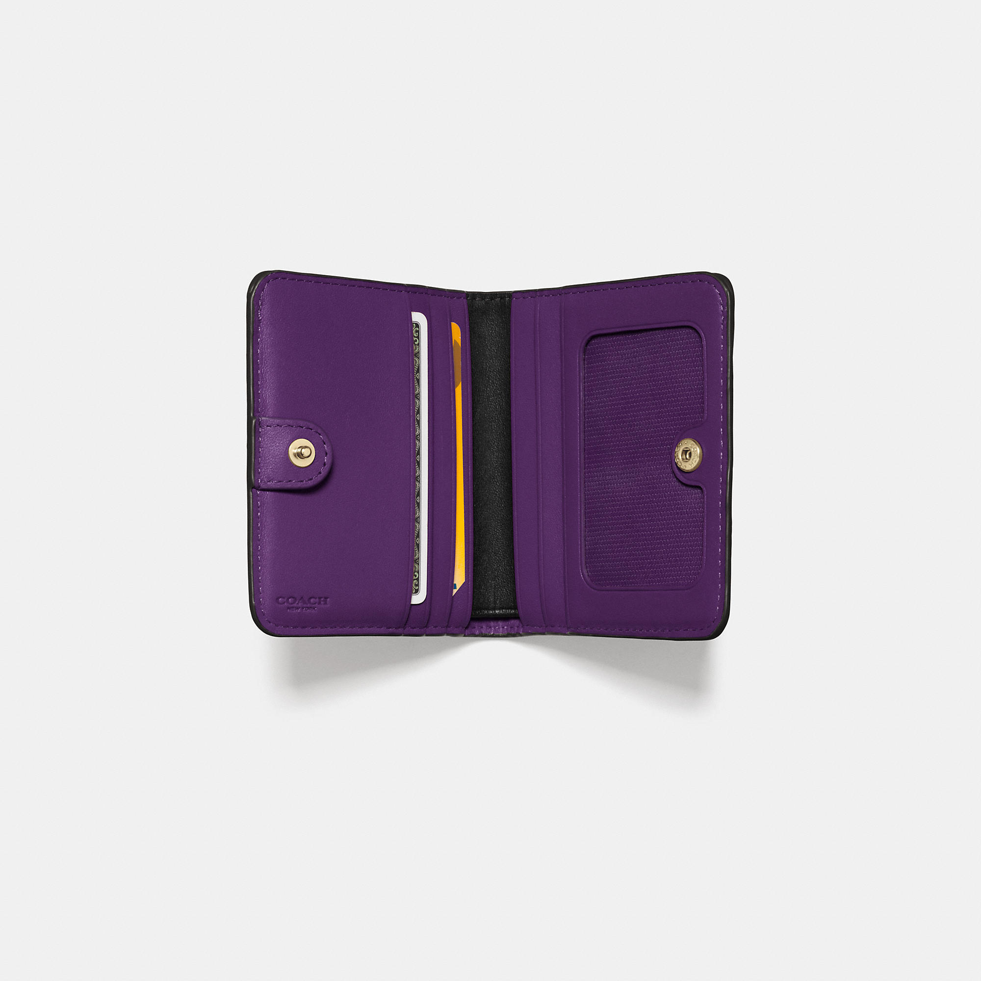leather wallet with coin pocket and id window
