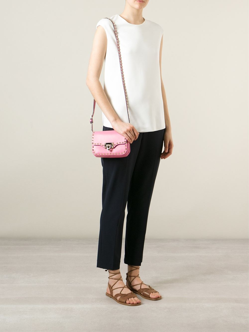 79a13edf03da Gallery. Previously sold at: Farfetch · Women's Valentino Rockstud Bags
