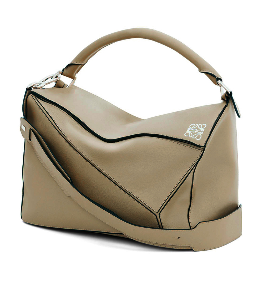 Loewe Puzzle Medium Leather Bag in Natural | Lyst