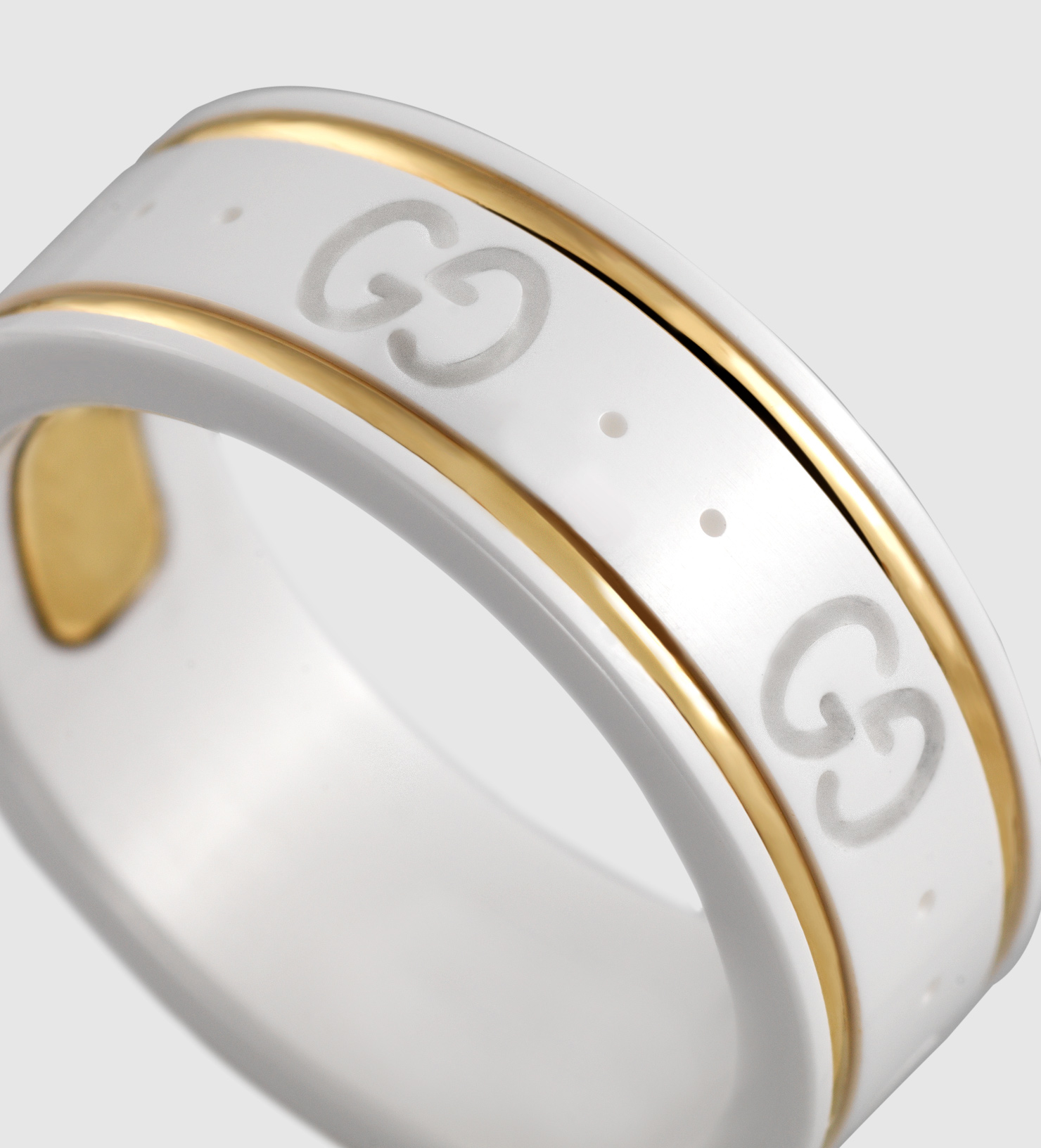 cbdcae26c75 Gucci Icon Ring In Yellow Gold And White Zirconia Powder in Yellow ...