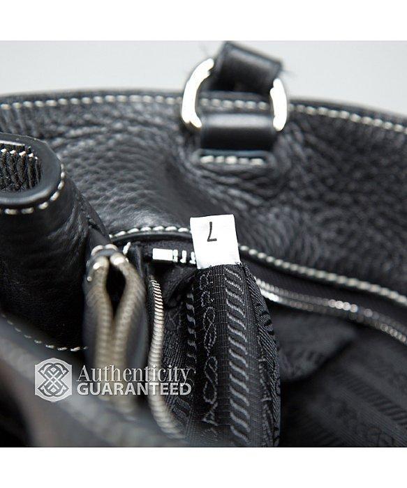 ... low priced 03169 33890 Lyst - Prada Vitello Daino Life Side Pocket Bag  in Black ... 02f7ad7ca8