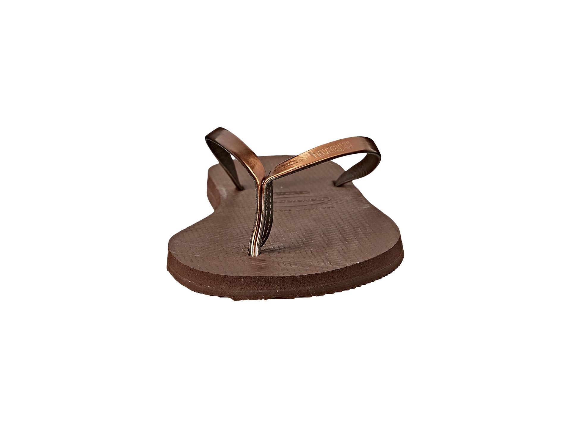 3ce6062fc9e92 Lyst - Havaianas You Metallic Flip Flops in Brown