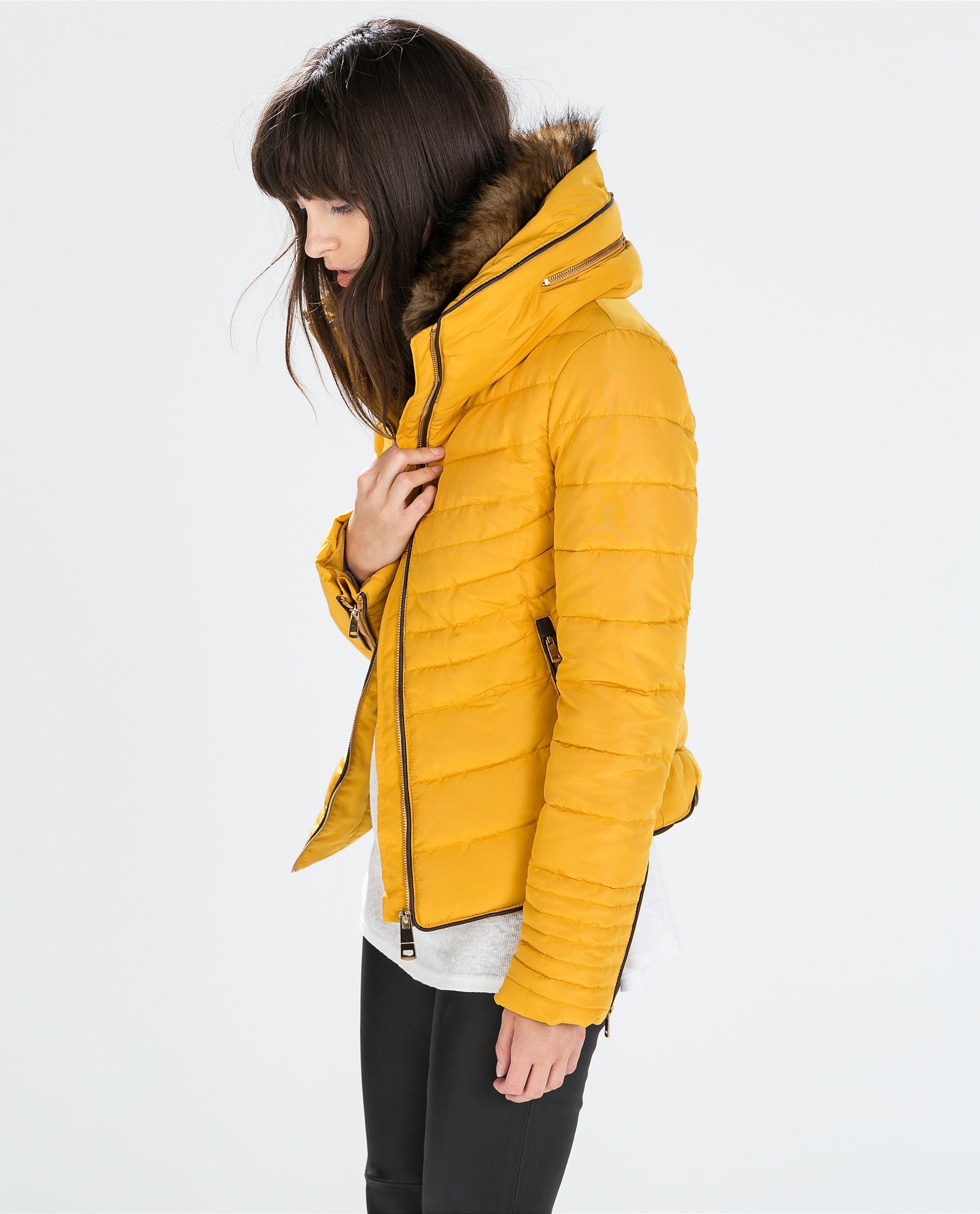 Zara Short Anorak With Fur Collar in Yellow | Lyst