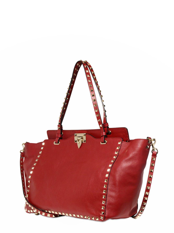 8c0b7ab8972c Lyst - Valentino Mini Rockstud Chain Shoulder Bag in Red Valentino Garavani    39 rockstud  39  Trapeze Tote ...