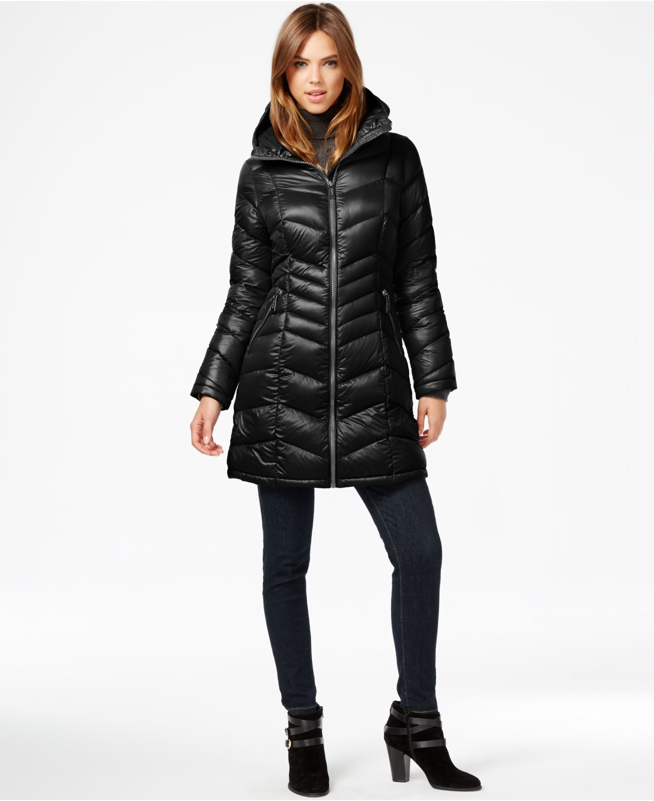 Calvin klein Chevron-quilted Down Coat in Black | Lyst