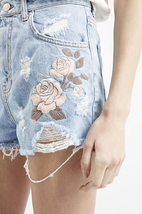 e0ba63dc88 TOPSHOP Moto Embroidered Mom Shorts in Blue - Lyst