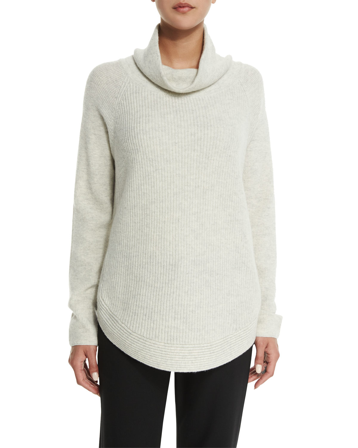 Vince Side-zip Ribbed Turtleneck Sweater in Natural | Lyst
