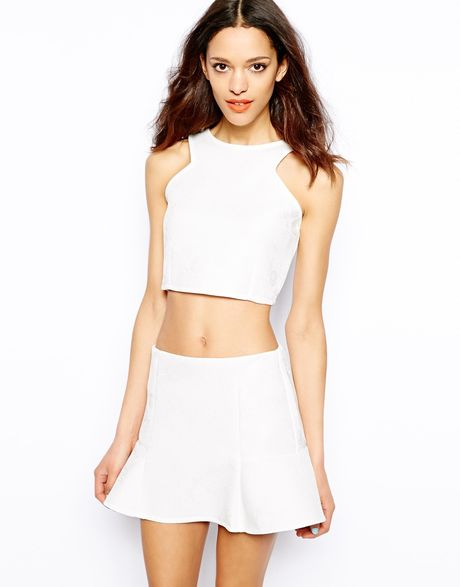 pull bear jacquard jersey crop top in white lyst. Black Bedroom Furniture Sets. Home Design Ideas