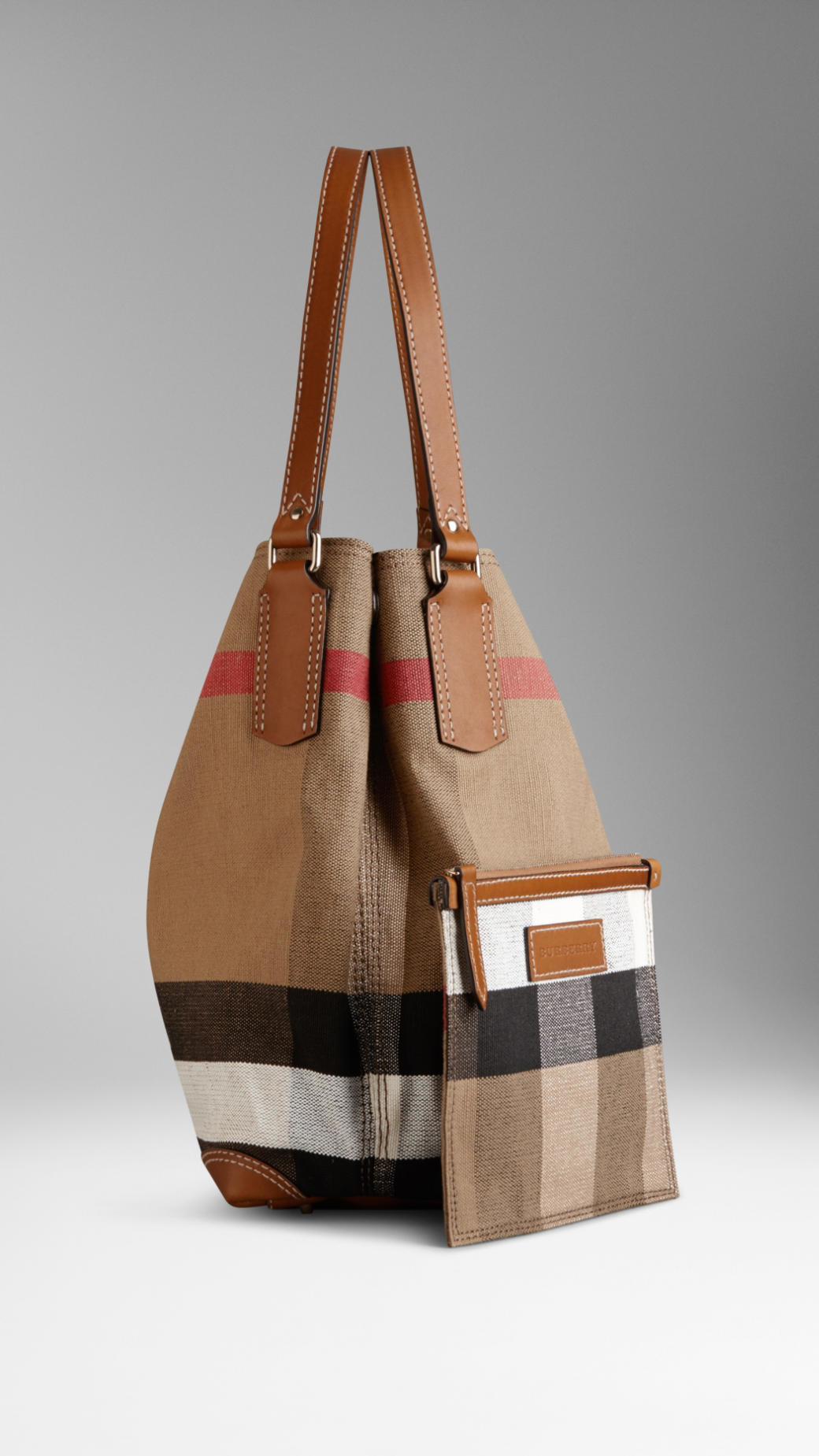 f44a4f80fe0 Burberry Medium Canvas Check Tote Bag in Brown - Lyst