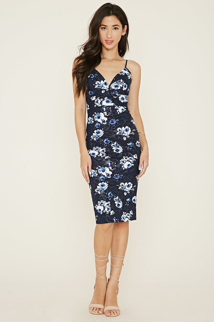 849541f039d2 Forever 21 Textured Floral Bodycon Dress in Blue - Lyst