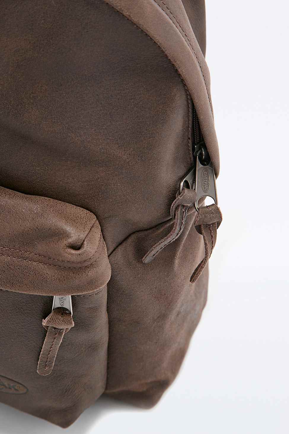 Eastpak Pak'r Padded Leather Backpack In Chocolate in Brown | Lyst