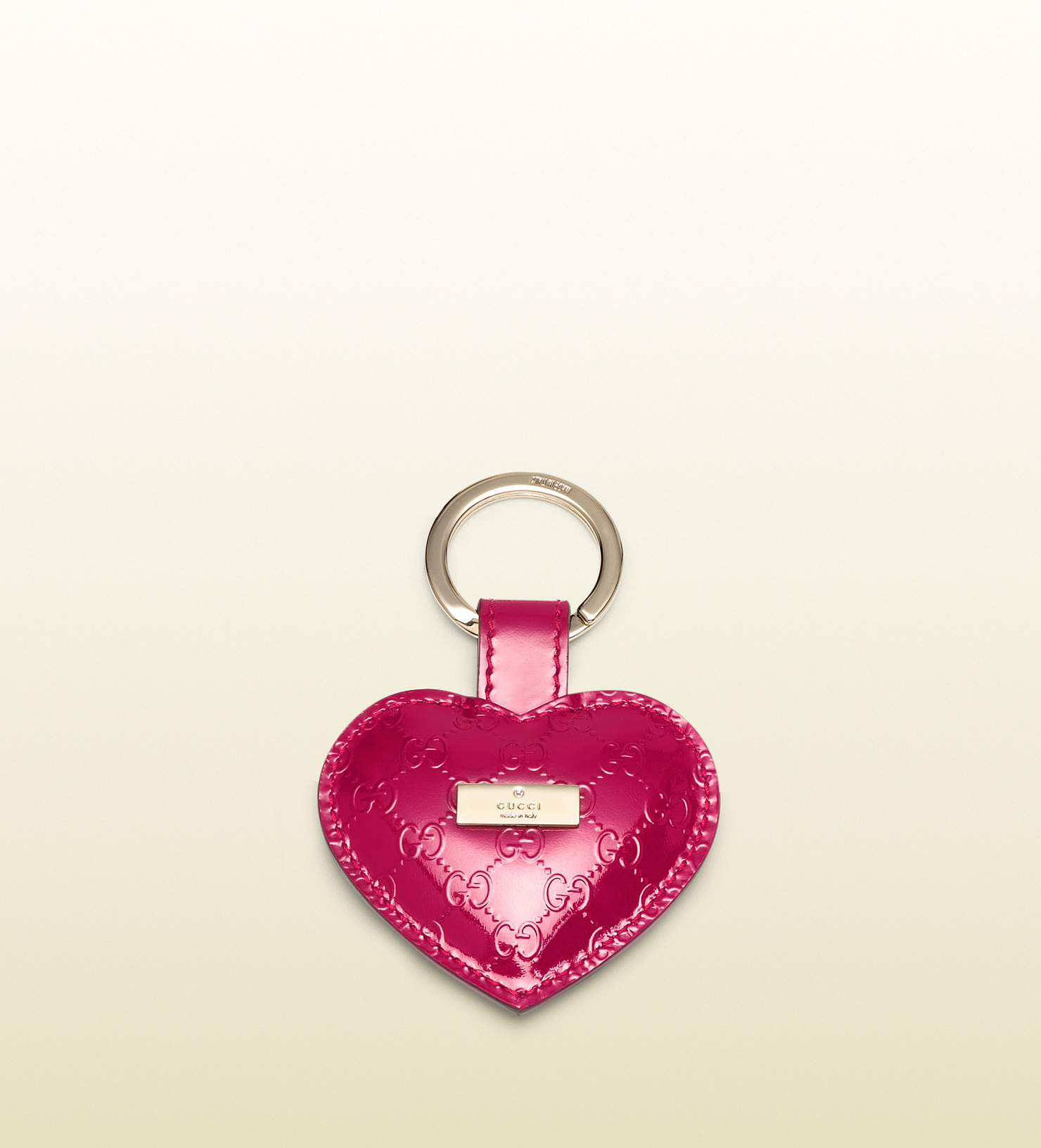 ccf95d7020d4 Lyst - Gucci Microssima Patent Leather Heart Key Ring in Pink