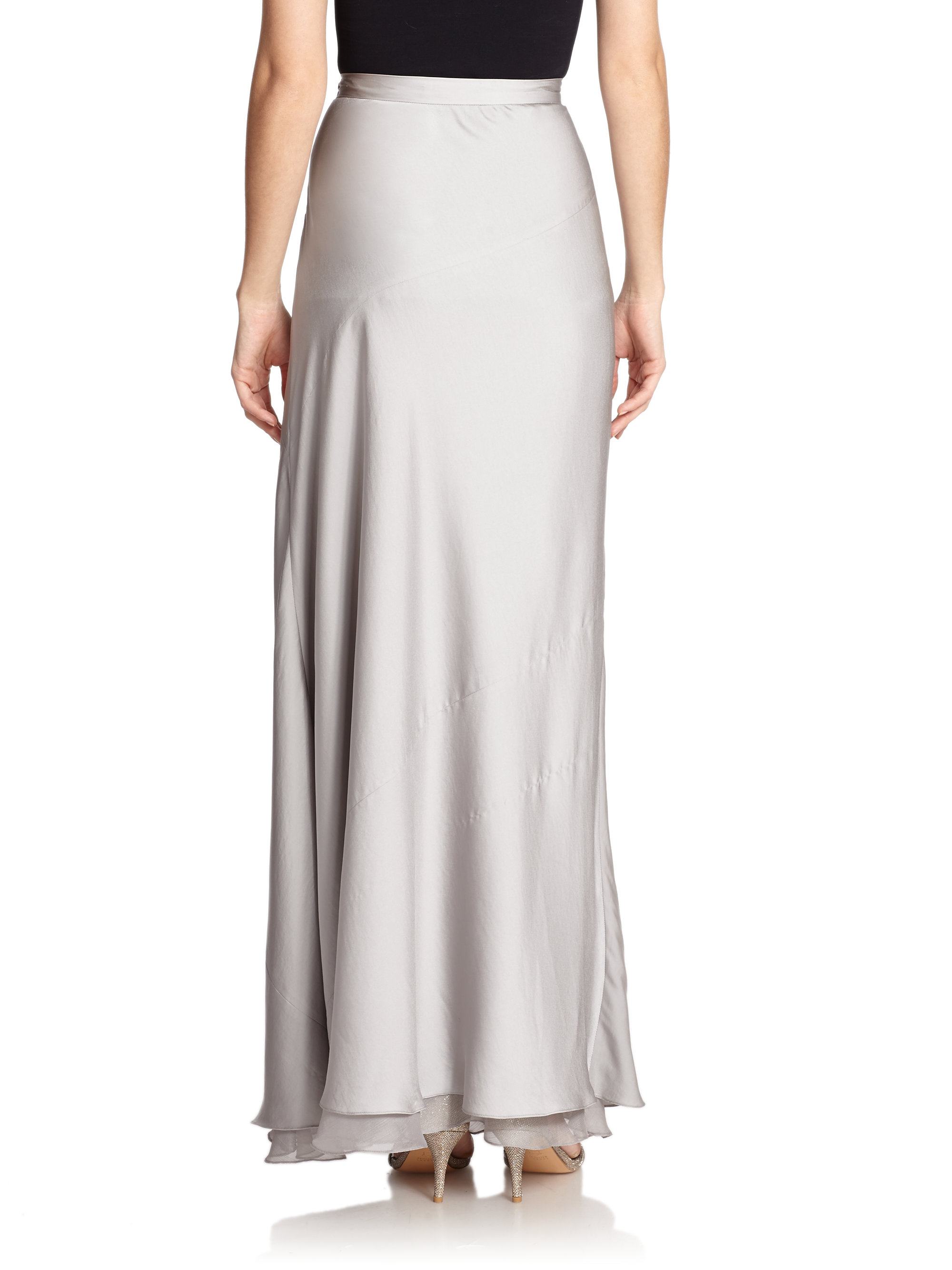 layered hem maxi skirt in gray lyst
