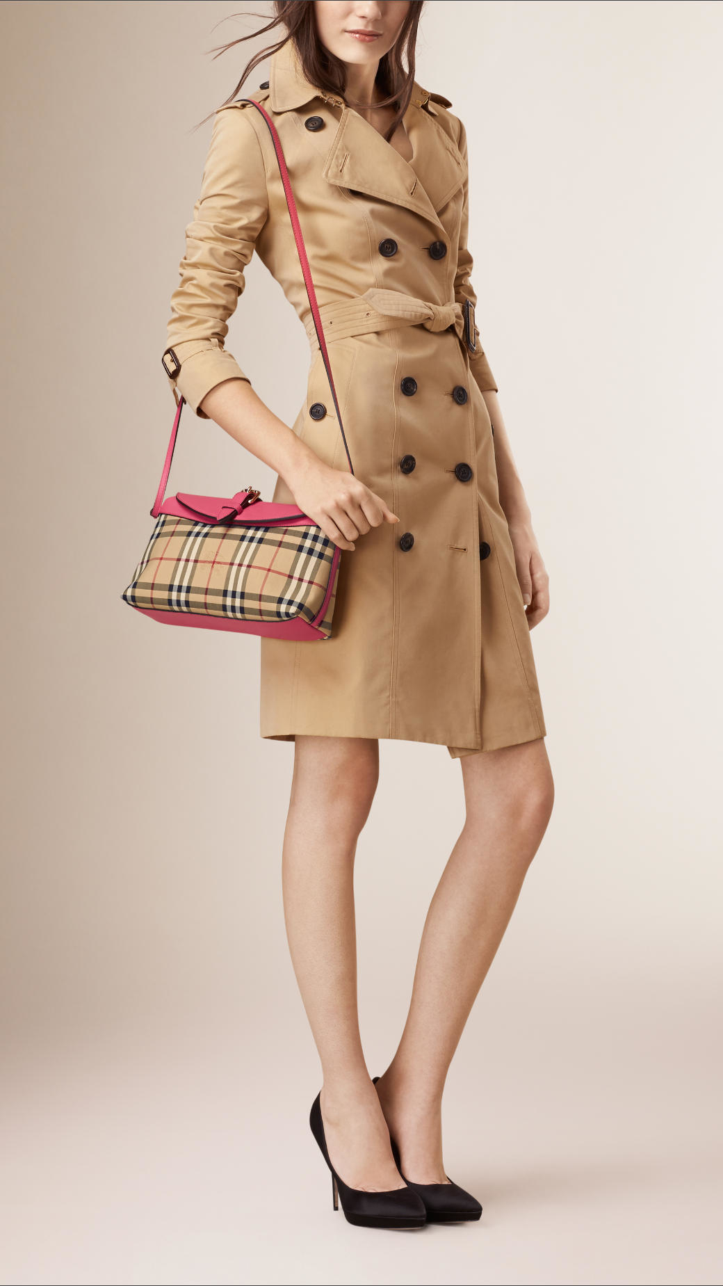 4f32e1bca161 Lyst - Burberry Small Horseferry-Check Clutch Bag in Natural