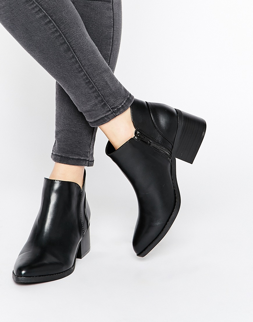 call it spring adraun black pointed block heel ankle boots. Black Bedroom Furniture Sets. Home Design Ideas