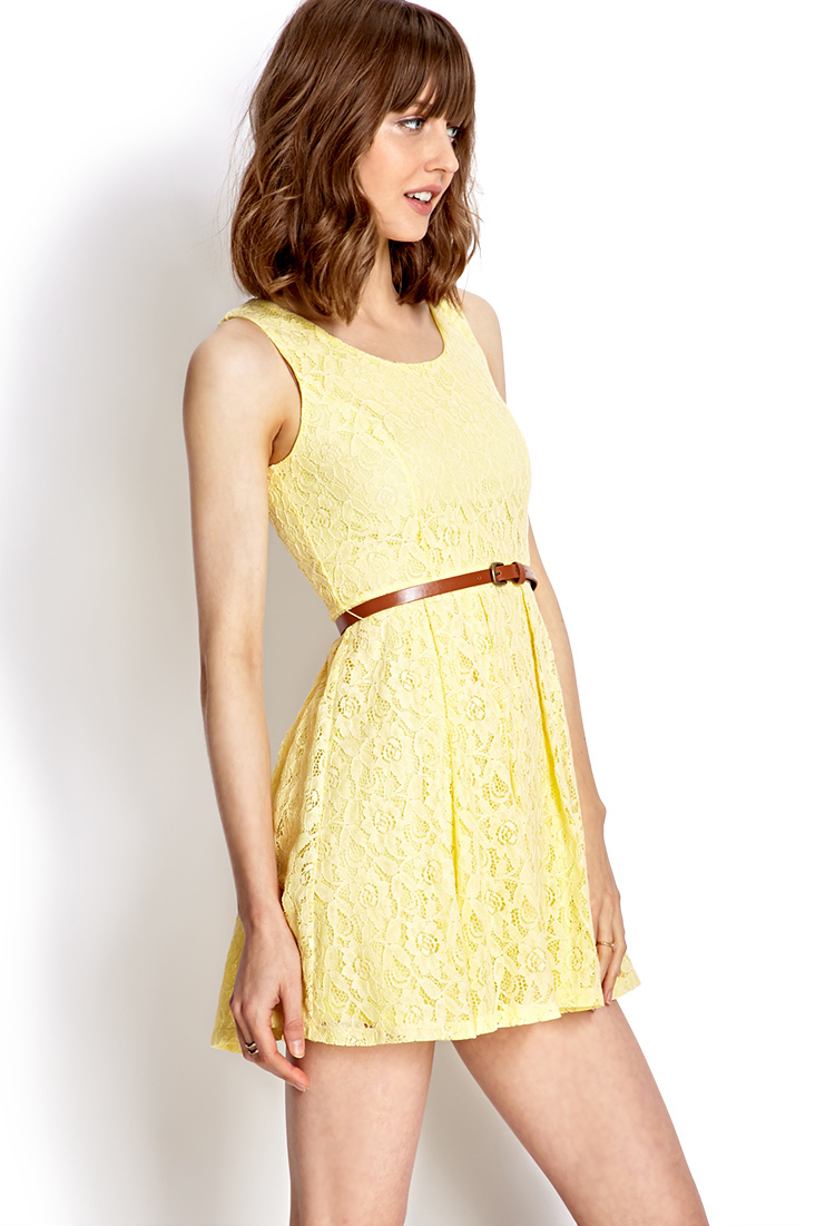 Yellow lace dress forever 21.