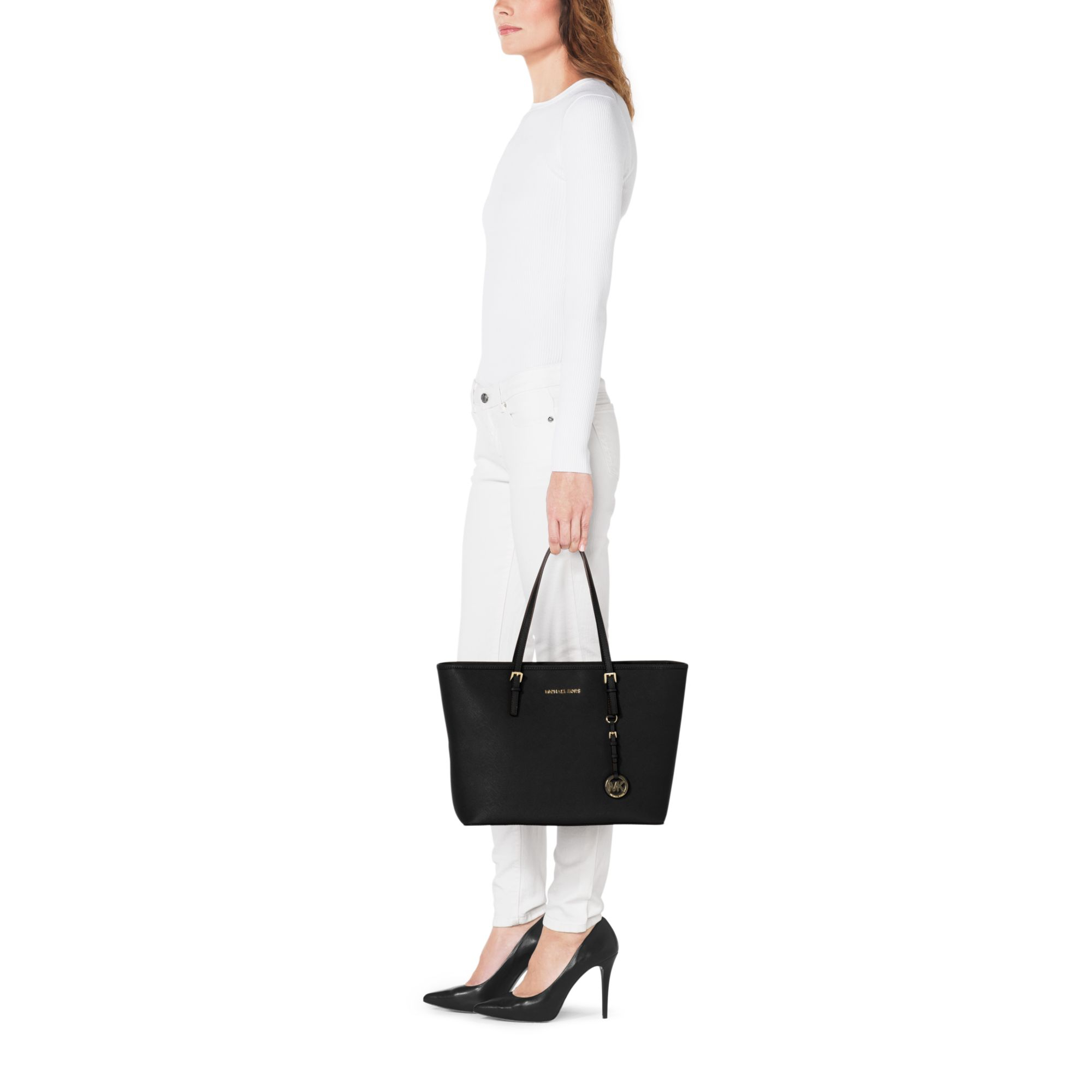 eb2ebf4e171a5 Lyst - Michael Kors Jet Set Travel Saffiano Leather Top-zip Tote in ...
