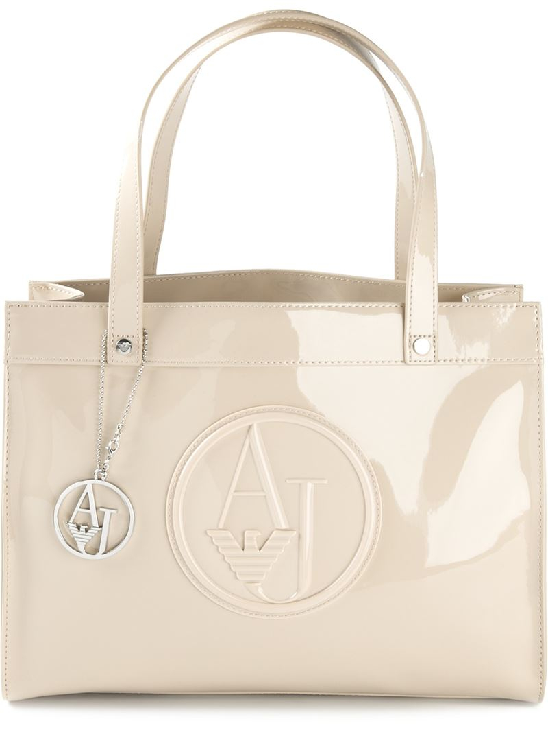Armani Jeans Logo Embossed Tote Bag in Natural - Lyst 2f31e3ef0c