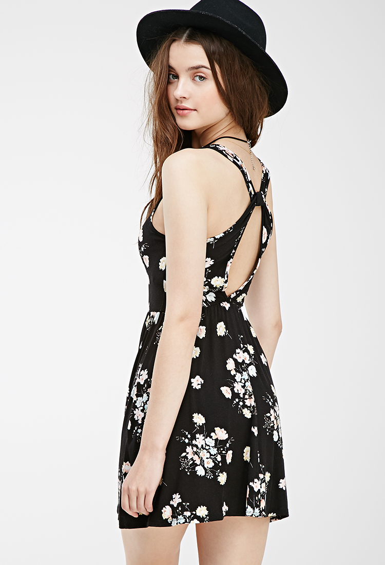 a614ce3ed8 Lyst - Forever 21 Floral Cross-back Dress in Black