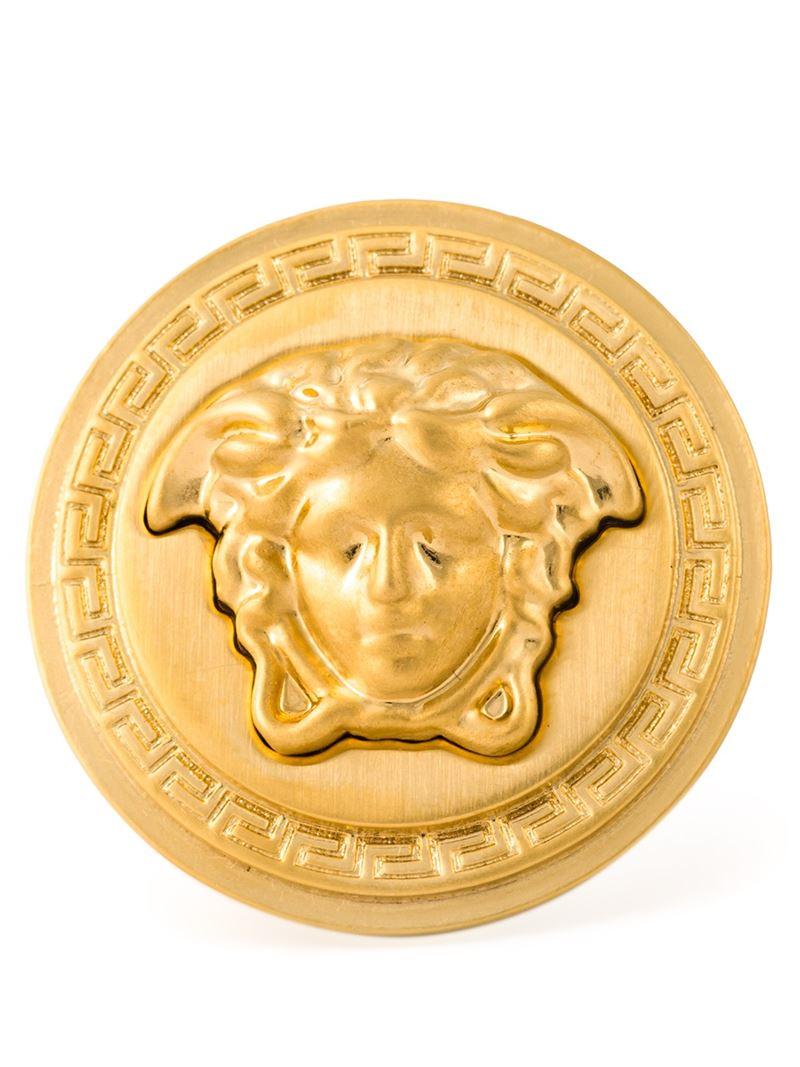 versace medusa sovereign ring in gold metallic lyst