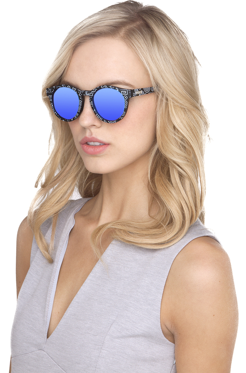 28bc557a7ea Lyst le specs hey macarena sunglasses in white jpg 799x1209 Hey macarena