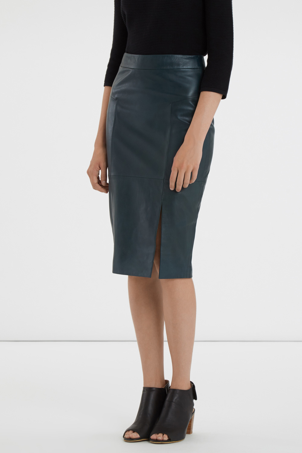 oasis leather pencil skirt in green lyst