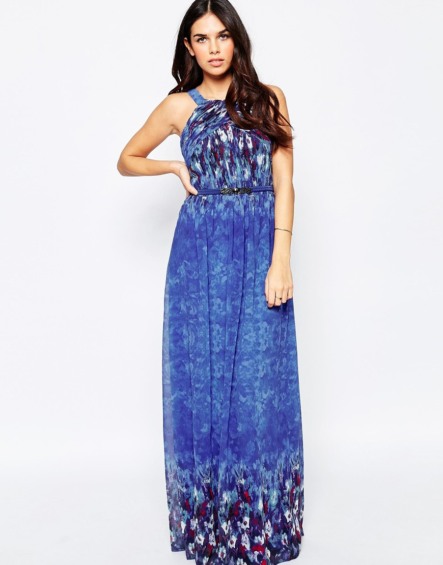 Our selection of boho maxi dresses is full of must-have styles for every season, offering effortless elegance year-round. These long flowy dresses are perfect for creating a fashionable feminine look, with delicate floral designs, soft lace details, dainty warm hues & beautiful bohemian colors.