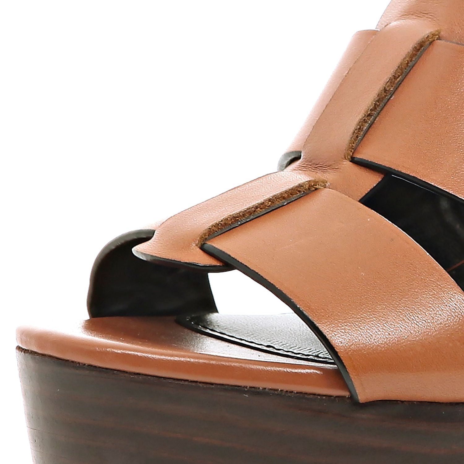 Flat mule with pointed toe and bow detail Vince Camuto is a true footwear innovator, both of design and of industry. The designer and creator of the Camuto group, Vince Camuto produces many brands and styles, and Vince Camuto women's shoes are among the .