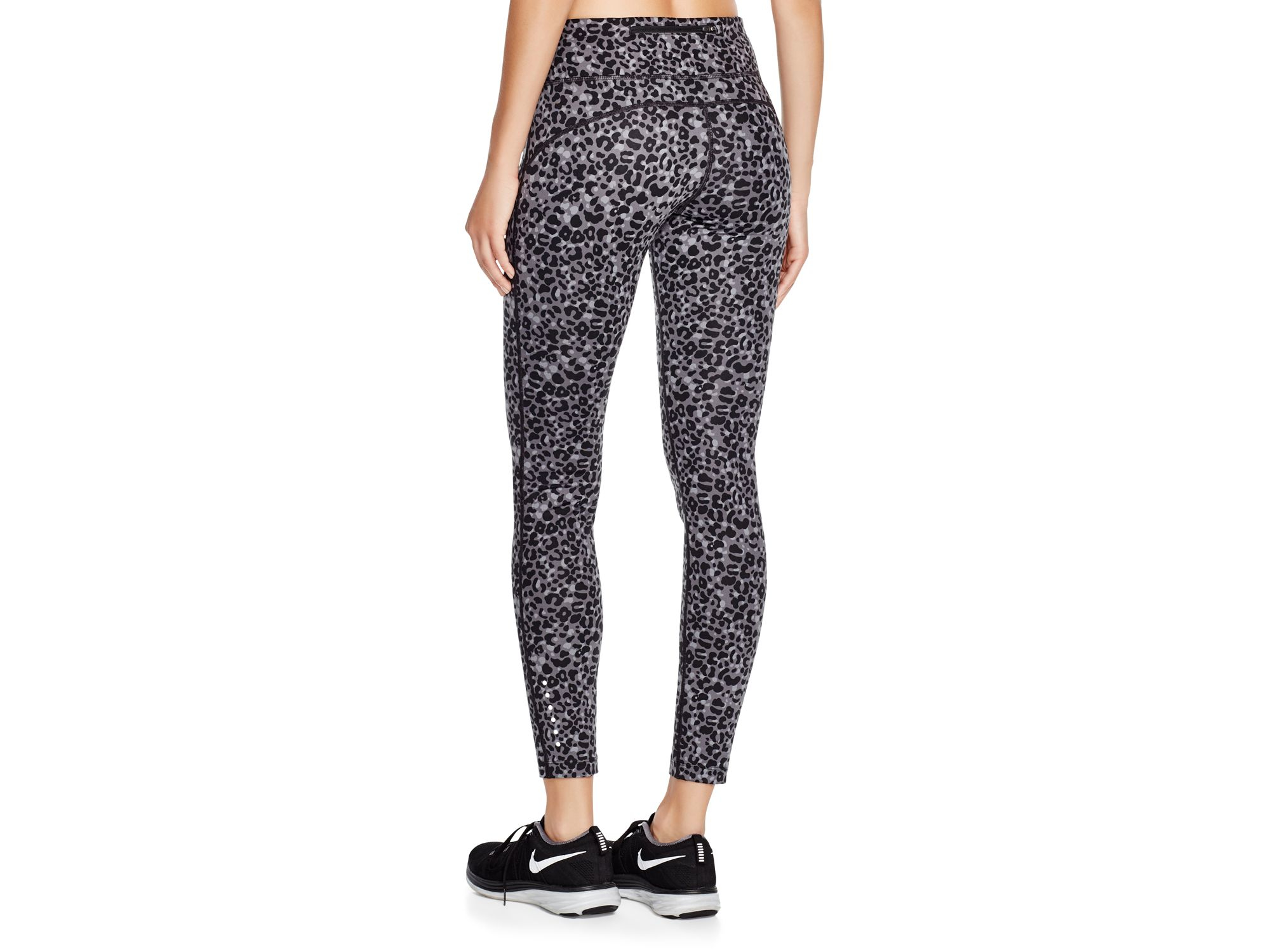 nouvelle r duction de l quilibre - Nike Lotus Epic Run Tights in Black | Lyst