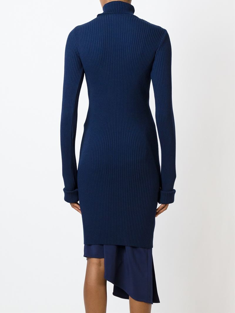 Dinner Dress Blue Jumper Search. Navy Personnel Command > Support & Services > US Navy Uniforms > Uniform Regulations > Chapter 3 > Female Enlisted > Dinner Dress > Dinner Dress Blue Jumper. Top Link Bar. Navy Personnel Command. Boards. Active Duty Enlisted. General Information;.