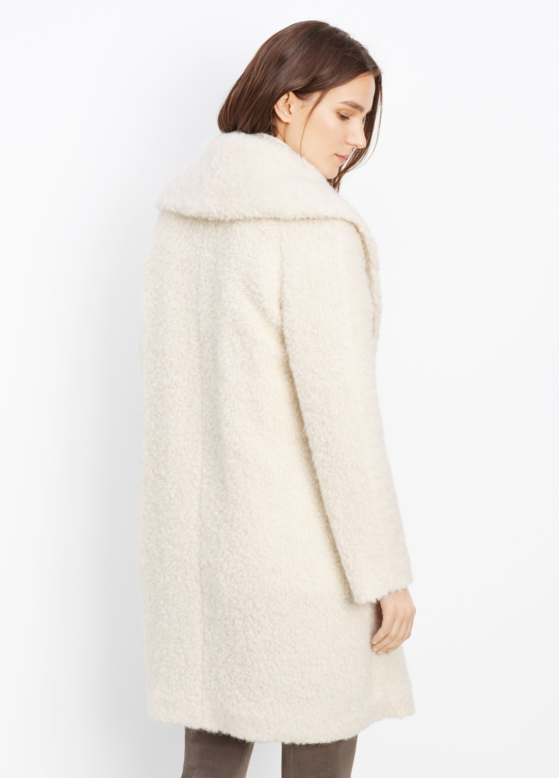 Vince Fuzzy Knit Bouclé Coat in White | Lyst