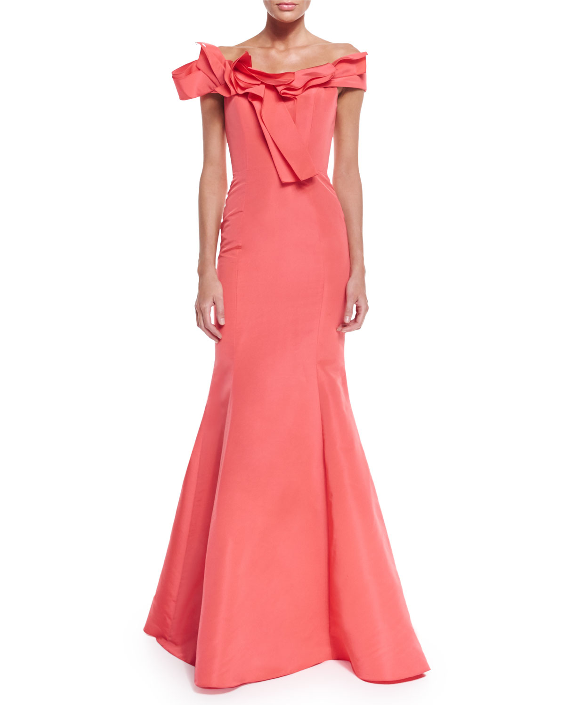 Off-the-shoulder Pleated Gown Carolina Herrera eWXPq49
