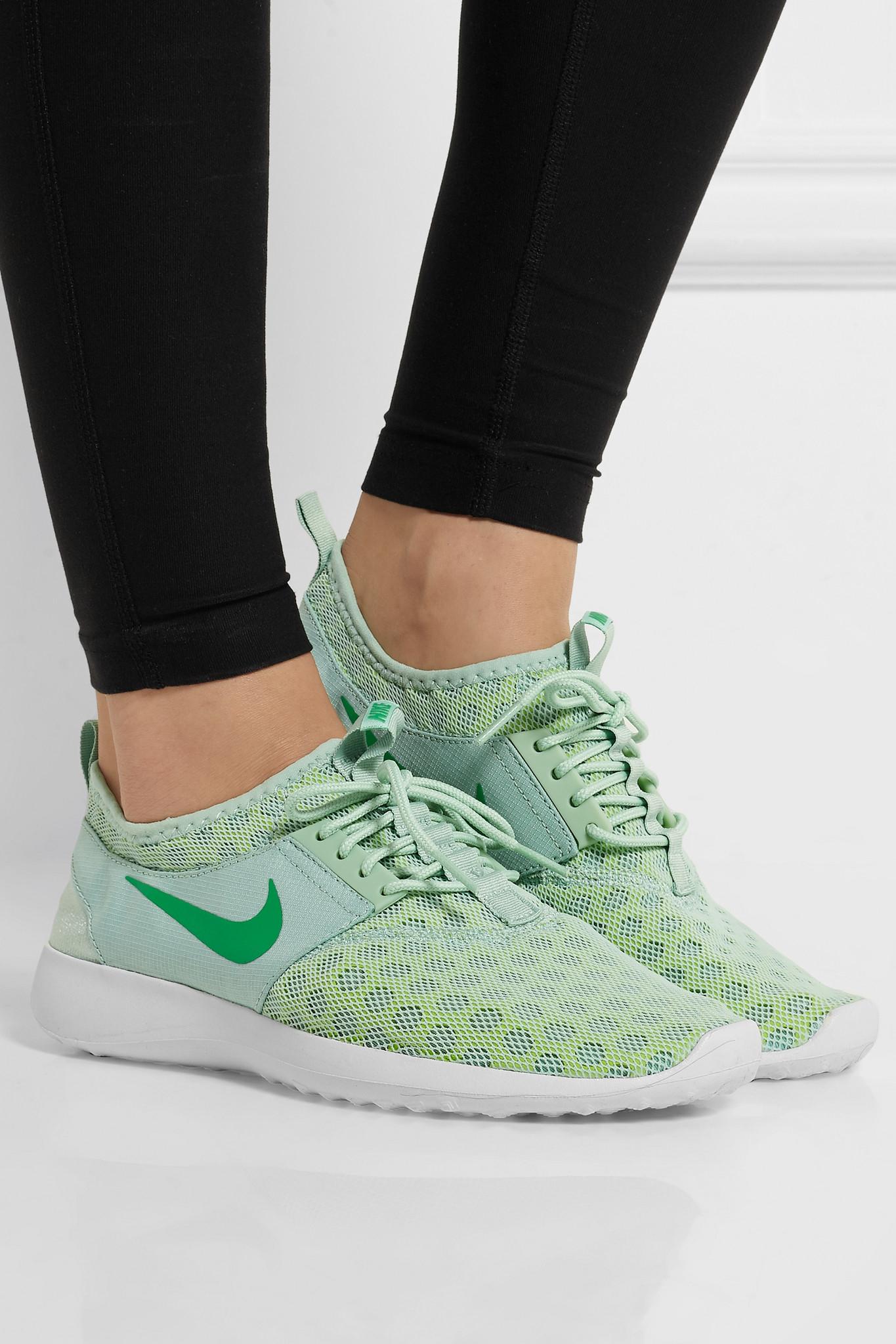 new concept cfbaf f7c1a Nike Juvenate Mesh Sneakers in Green - Lyst