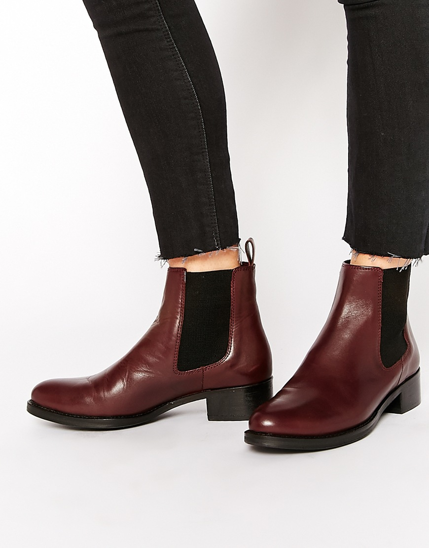 dune peppie burgundy leather flat chelsea boots in purple