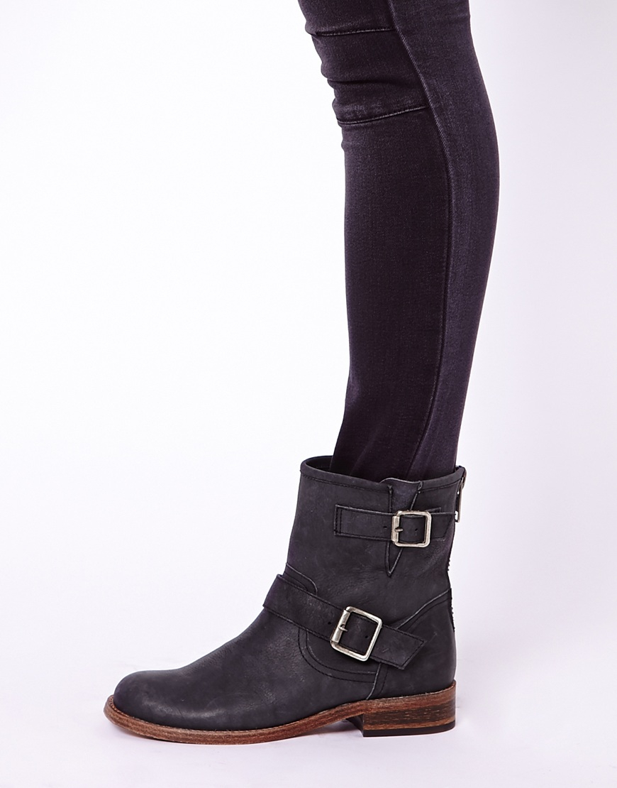 Steve madden Tokken Leather Biker Boots in Black | Lyst