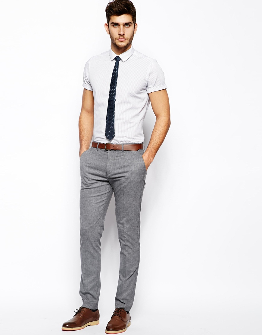 Finding affordable and stylish clothes for men can be a bit tricky. So many brands and retailers produce cookie-cutter styles that will quickly assimilate your individuality into a look that is largely homogeneous. In other words, you'll waste a lot of time, energy, and money only to look like.
