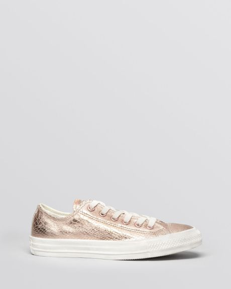 converse lace up sneakers chuck taylor all star in gold rose gold white lyst. Black Bedroom Furniture Sets. Home Design Ideas