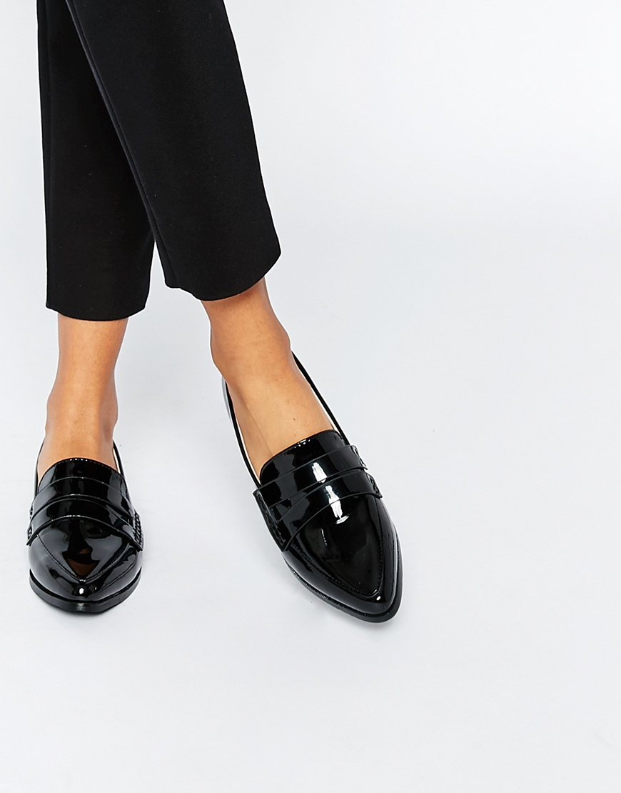 Black Patent Pointed Flat Shoes