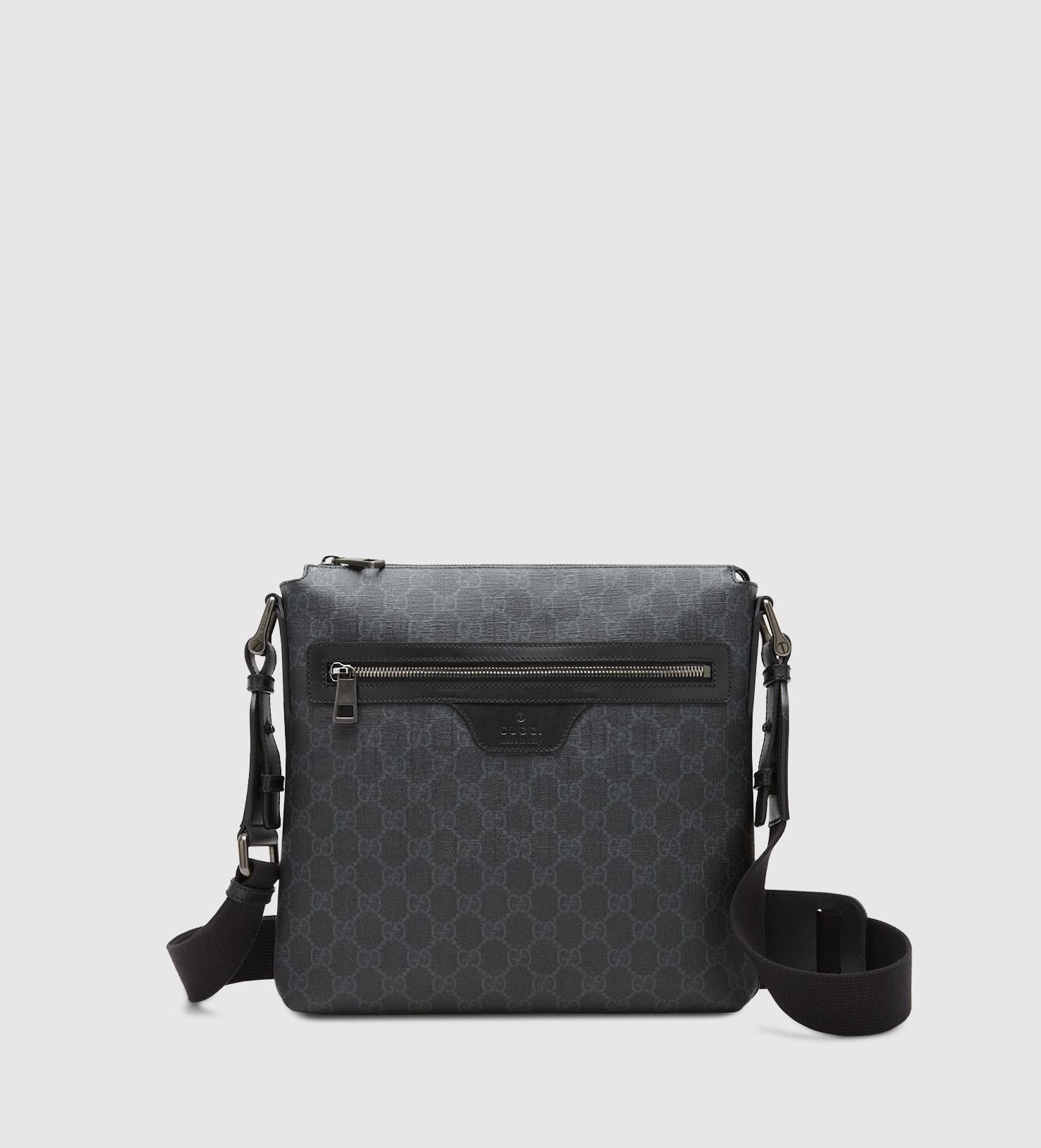 53e594bd4264 Gucci Gg Supreme Canvas Messenger Bag in Black for Men - Lyst